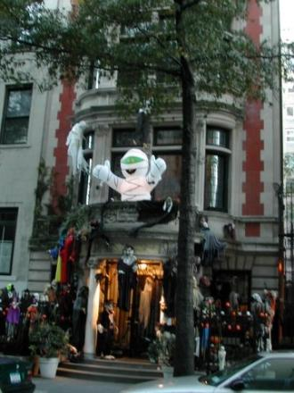 haunted house on East 74th Street, 10021